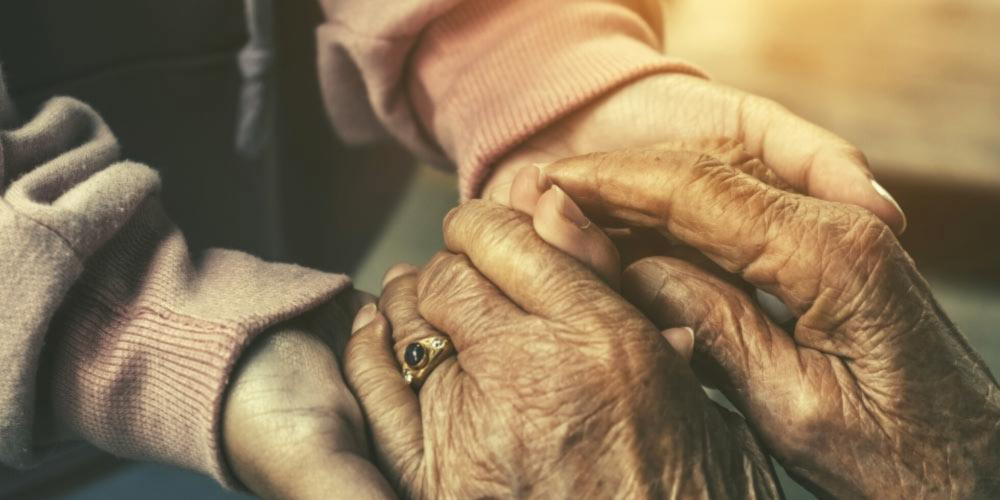What-are-the-early-symptoms-of-dementia-care-for-family